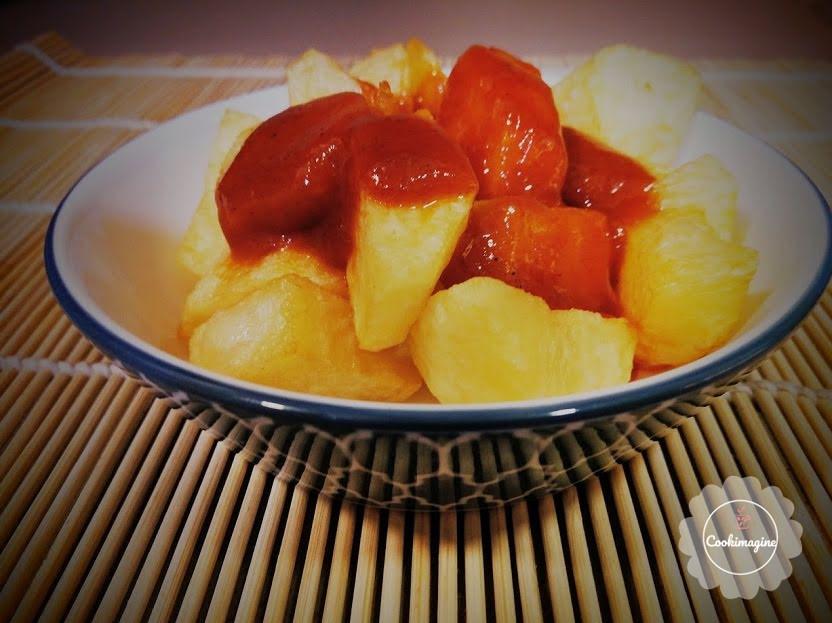 Patatas en salsa brava
